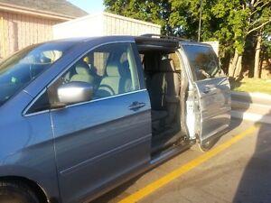 2006 Honda Odyssey Fully loaded Minivan, Van $$  4800