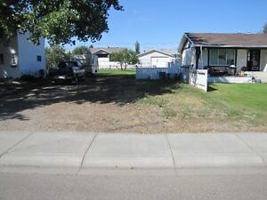 Vacant Lot For Sale in Taber