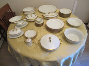 Estate Sale: Furniture and collectibles