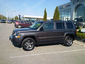 2017 Jeep Patriot North High Altitude 4x4 with Nav only 18000kms London Ontario image 9
