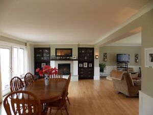 Beautiful Large Exec House - Ideal location, Cape Breton Island