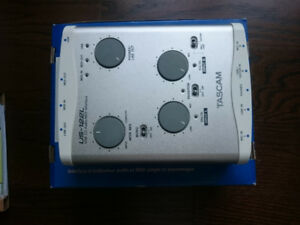 TASCAM US-122L USB Audio Interface