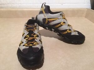 Men's Merrell Continuum Hiking Shoes Size 8 London Ontario image 3