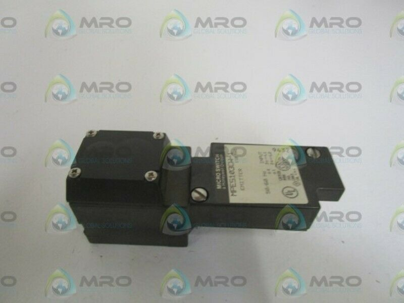 MICROSWITCH MPES103CW-1 EMITTER SWITCH (AS PICTURED) *USED*