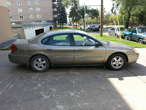 <><> MINT CONDITION 2004 FORD TAURUS SE (ONLY 105000 KM!) <><>