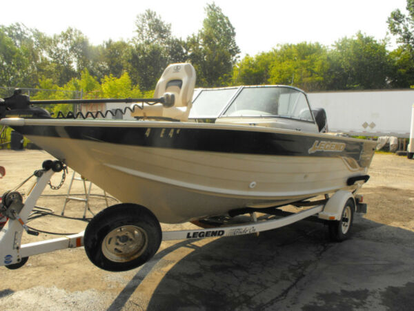 Used 2004 Legend Boats All Sport V188