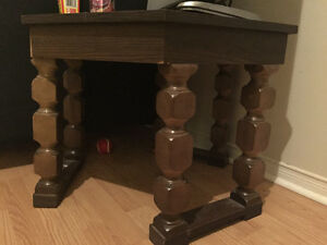 Side table London Ontario image 1