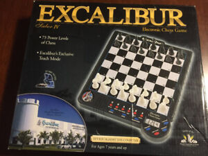 EXCALIBUR SABRE IV ELECTRONIC CHESS SET CAN DELIVER