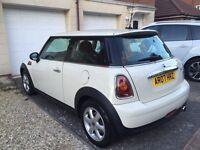 Pepper-white Mini One, 1.4L, 62,500 miles, 2007
