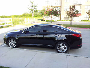 2013 Kia Optima: Super Condition, Low Mileage,1 year warranty !!