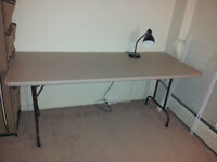 Long foldable table
