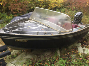14' Aroeliner Boat