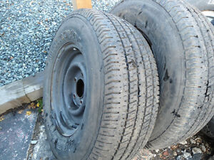 Ford F-150 steel rims and tires LT 235/75/15 M+S
