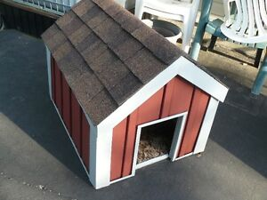 Dog house Strathcona County Edmonton Area image 1