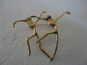 Vintage gold tone dancing couple brooche pin button London Ontario image 2