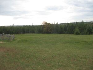 10 plus acrespasture/wood ,pond and water power and barn LEASE