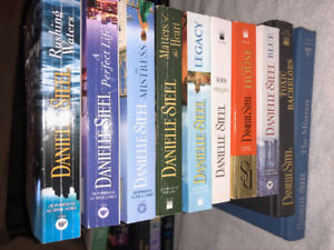Danielle Steel 2 Hardcover and 8 Softcover books Value $130