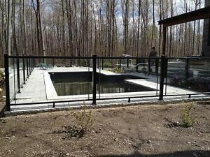 Cl ture piscine creus e frost cloture cl ture verre pool fence for Cloture piscine montreal