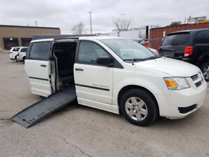 2009 Dodge Grand Caravan - WHEELCHAIR ACCESSIBLE