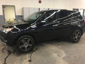 Acura MDX SUV,