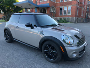 2013 MINI Cooper Coupe (2 door) Baker Street Limited Edition