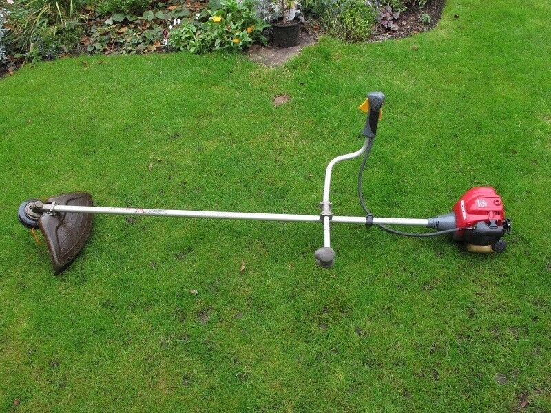 Honda Brush cutter inc harness, ear and eye protector and spares
