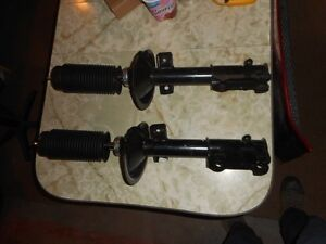Original Ford mustang front struts - 05-09. New take offs