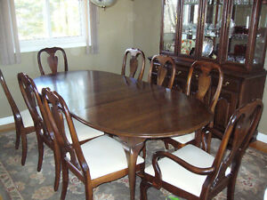 Queen Anne Dining Room Suite.  Seats 8