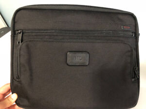 BRAND NEW - TUMI Slim Tablet Cover (Ballistic Nylon Black)