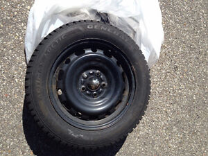 4 Altimax Arctic Snow Tires 205/55 16 91Q with rims