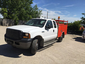 2007 Ford F-350 Service Truck Safited