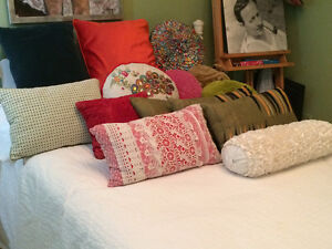 gorgeous pillows vintage and pier one collection West Island Greater Montréal image 4