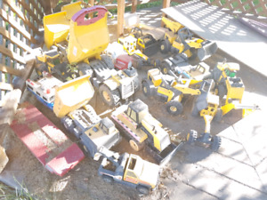 Over 15 metal Tonka trucks