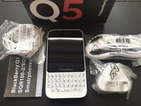 Brand new unlocked sim free Blackberry Q5 sealed box with full new accessories