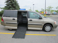 WHEELCHAIR VAN FORD FREESTAR SIDE-ENTRY 76,000KM's MINT