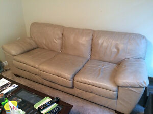 BEIGE LEATHER COUCH & CHAIR SET - EXCELLENT CONDITION!