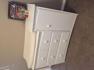4 in 1 crib/ change table dresser / glider