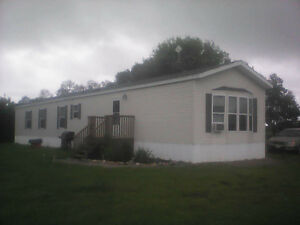 2011 mobile home 16'by 80