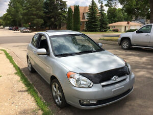 2011 Hyundai Accent GL Sport Hatchback Only 62K