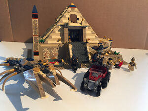 Lego- Pharoah's Quest- Scorpion Pyramid 7327