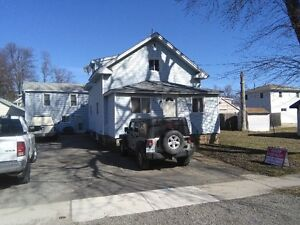 LARGE TWO STOREY HOUSE FOR RENT IN CRYSTAL BEACH