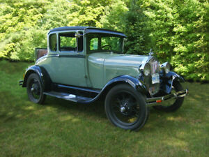 1928 FORD MODEL A Two  Door Special Coupe