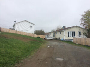 3 Bedroom Home with 2 Bedroom Apartment in Gfw!