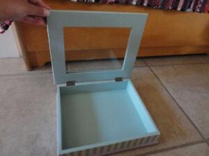 Decorative wooden glass top handpainted keepsake jewelry box