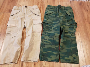 Boys GAP cargo pants  New sz 3T