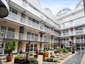 3 bedroom flat in Sweden Gate, Surrey Quays SE16