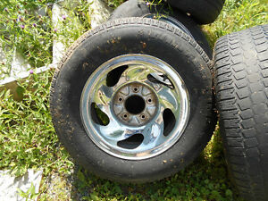 ----------4 ---FORD F-150 RIMS WITH TIRES--------------