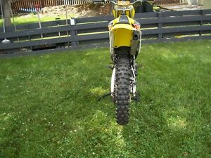 2002 SUZUKI RM 250cc 2 stroke