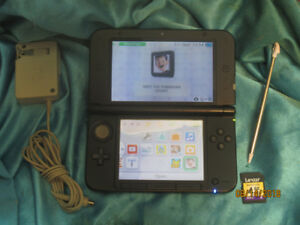 SOLD 3DS XL complete with Super Mario Bros. 2 Charger & 4 GB SD