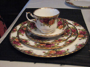 Royal Albert Old Country Roses English Bone China